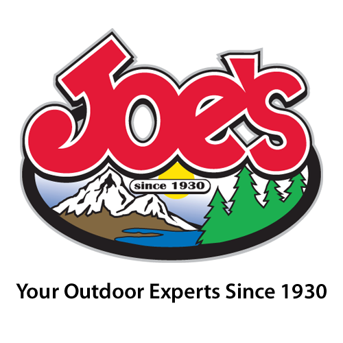 Kee Kong with the Joe's Sporting Goods Named Retail Employee of the Year